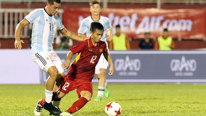 'Thám tử' U20 Hàn Quốc tới Việt Nam, HLV Argentina khen 'sao' HAGL