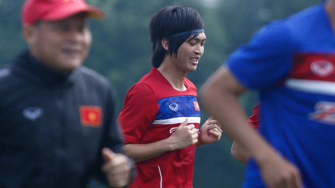 U20 Việt Nam đã có mặt tại Hàn Quốc, Tuấn Anh nhận quà sinh nhật tuổi 22