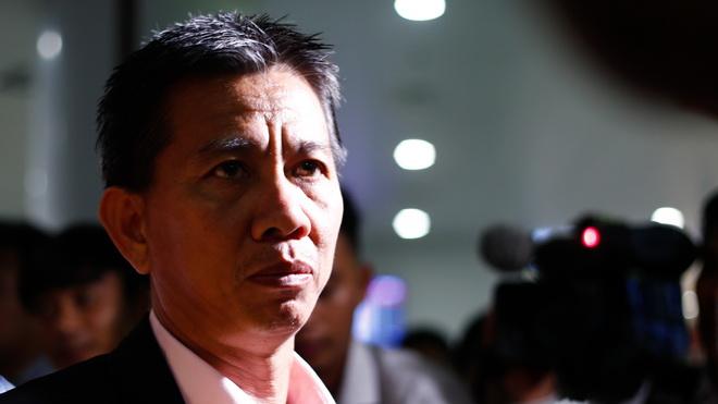HLV Hoàng Anh Tuấn tiết lộ lý do U20 Việt Nam không 'dựng xe bus'