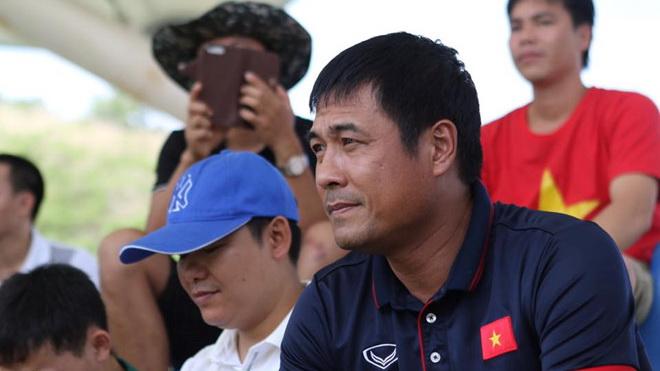 VFF khẳng định HLV Hữu Thắng khỏe mạnh, U22 Malaysia chưa đá SEA Games đã nhận thưởng triệu USD