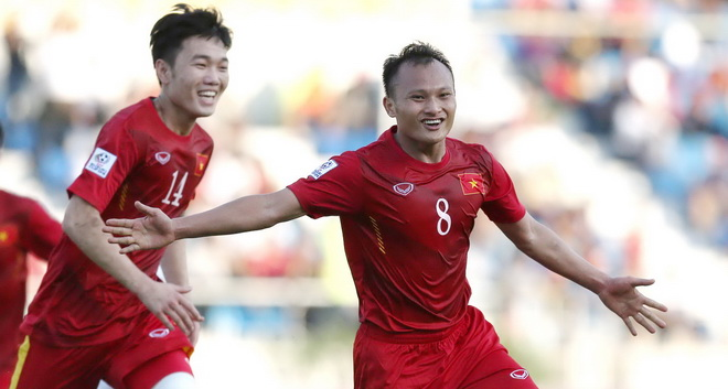 Tuyển Việt Nam chia tay ngôi sao đầu tiên, 'Messi Campuchia' xé lưới Indonesia