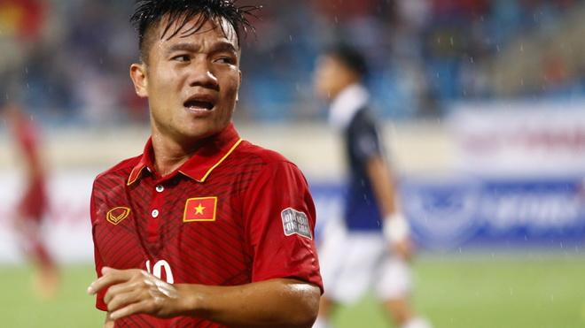 Nguyên Mạnh nhớ tuyển Việt Nam, 5 tuyển thủ vắng mặt trong ngày đầu của ông Park Hang Seo
