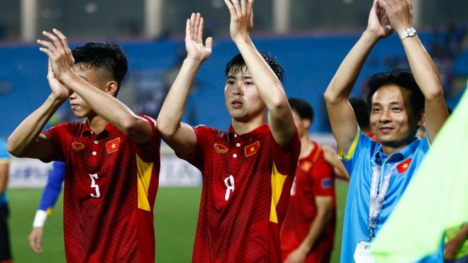 U23 Việt Nam triệu tập 35 cầu thủ, Văn Quyết liên tiếp nhận tin vui