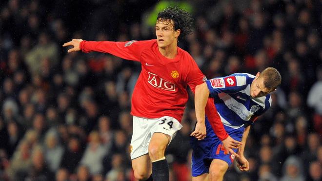 Văn Lâm đã trở lại Hải Phòng, ngoại binh của Công Vinh từng chơi cho Man United