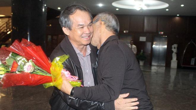 HLV Park Hang Seo cảm ơn bầu Đức, FLC Thanh Hóa không cản Tiến Dũng làm giàu