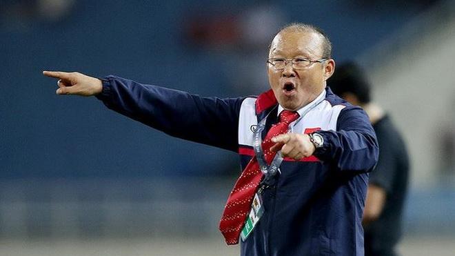 HLV Park Hang Seo có thể hoàn thành mục tiêu TOP 100 FIFA, Văn Toàn được thưởng vì hành động đẹp