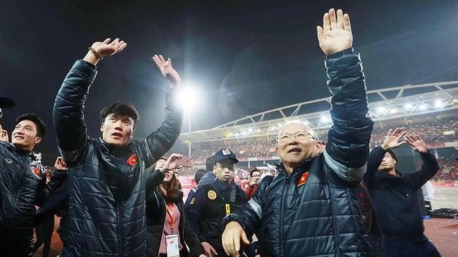 CĐV U23 Việt Nam cần thể hiện tình yêu với bóng đá Việt