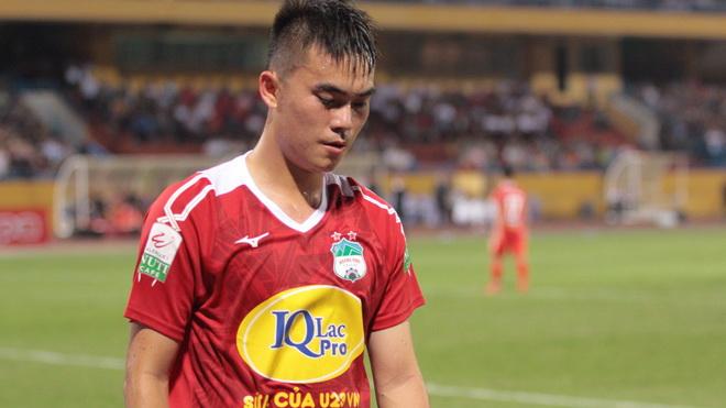 Cầu thủ, chuyên gia đồng loạt bảo vệ Tăng Tiến sau án phạt của bầu Đức