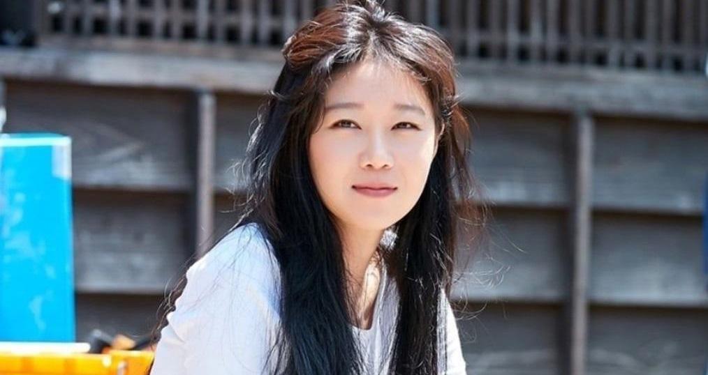 IU Yeo Jin Goo. IU Yeo Jin Goo tái hợp hậu Hotel Del Luna. Fan mừng rỡ nghe tin cặp đôi IU-Yeo Jin Goo tái hợp hậu 'Hotel Del Luna'