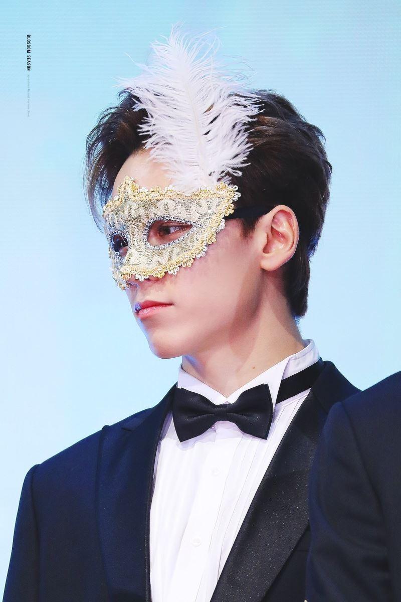 Vernon (Seventeen), Vẻ đẹp của Vernon (Seventeen), Golden Disc Awards 34, Seventeen, Vernon