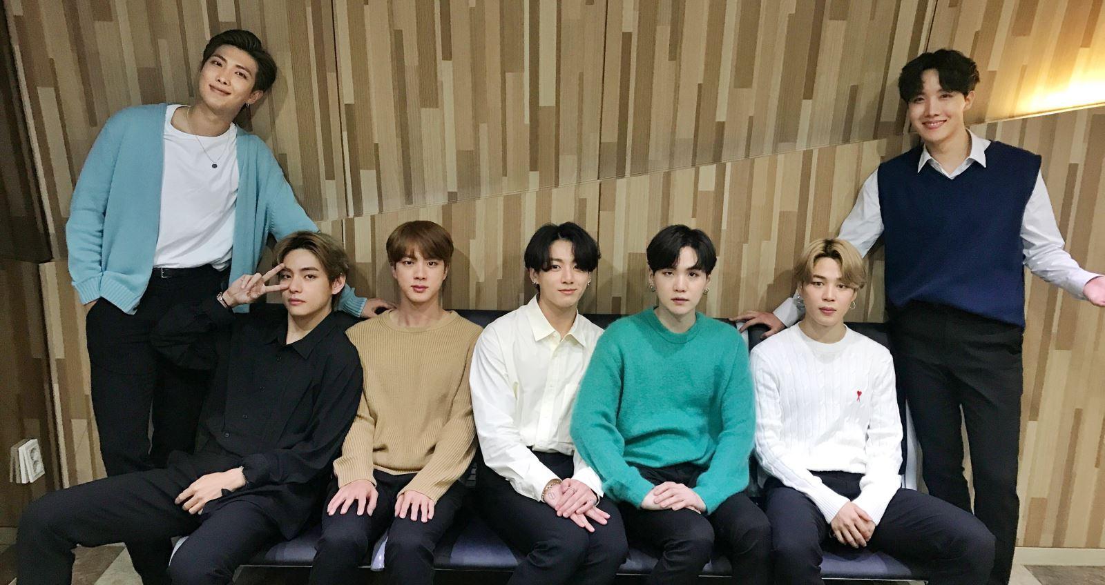 BTS, Jimin, lộ thông tin album mới của BTS, album mới BTS, BTS comeback, Jimin khéo léo tiết lộ thông tin về album mới của BTS ngay trên bản tin thời sự Hàn Quốc