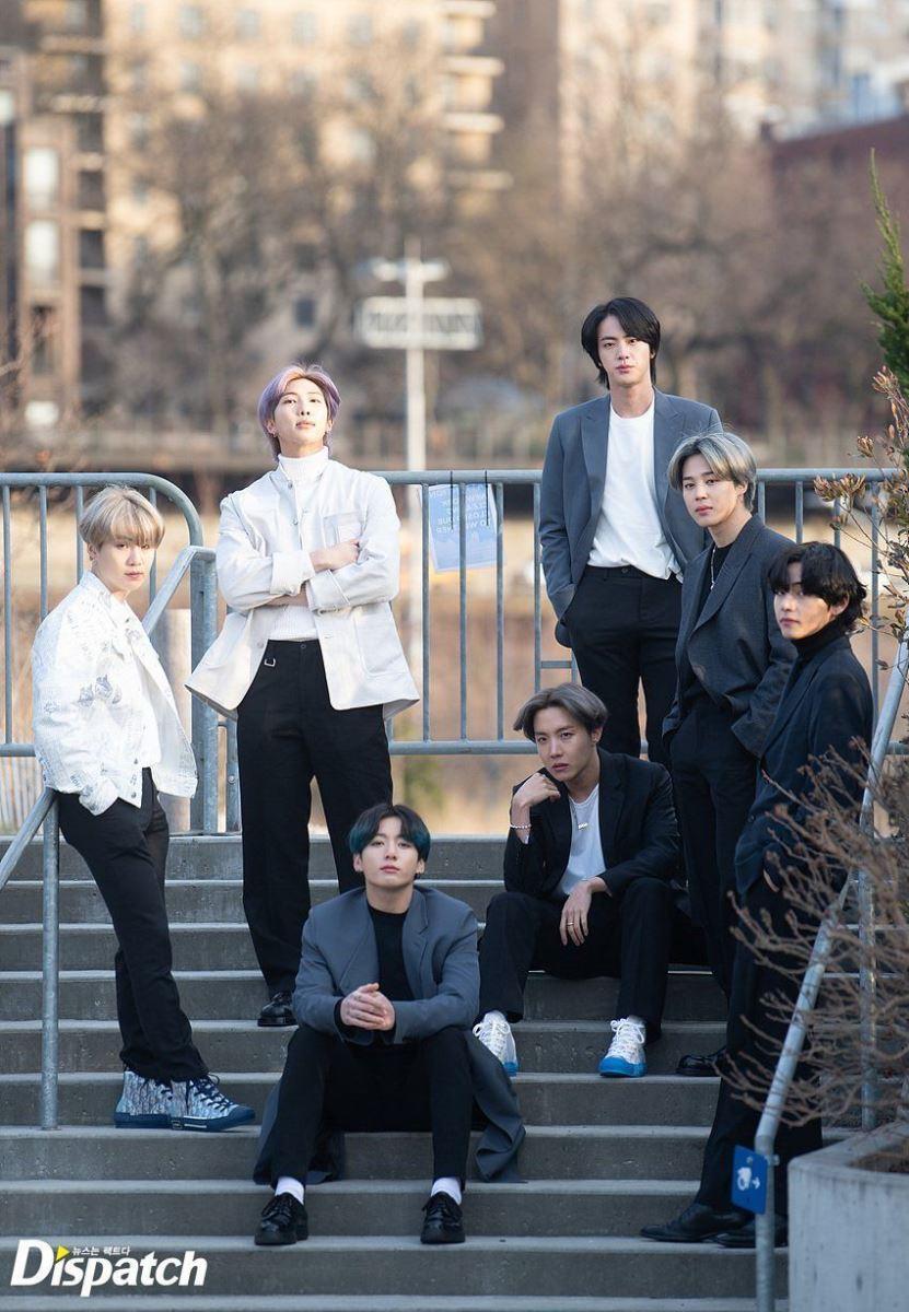 BTS, nhan sắc ngoài đời thực của BTS, tiết lộ dung nhan thật của BTS, Nhiếp ảnh gia tiết lộ dung nhan thật đằng sau ống kính của các thành viên BTS