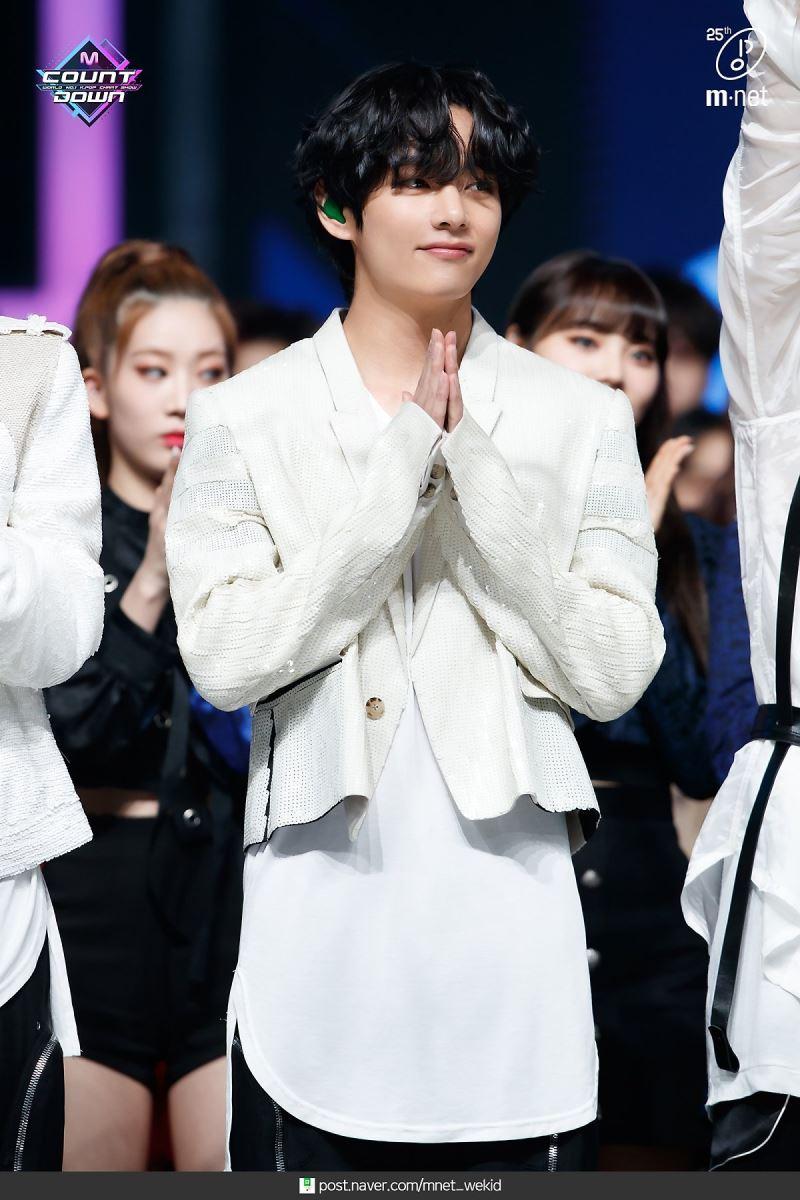 """V (BTS),  V (BTS) hát nhạc phim tự sáng tác cho drama 'Itaewon Class', """"Sweet Night"""", Itaewon Class OST Part.12"""