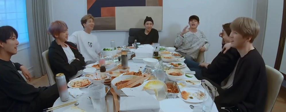 Hài hước chuyện BTS 'bóc phốt' Suga về khả năng giao tiếp bằng ánh nhìn 'dở tệ'