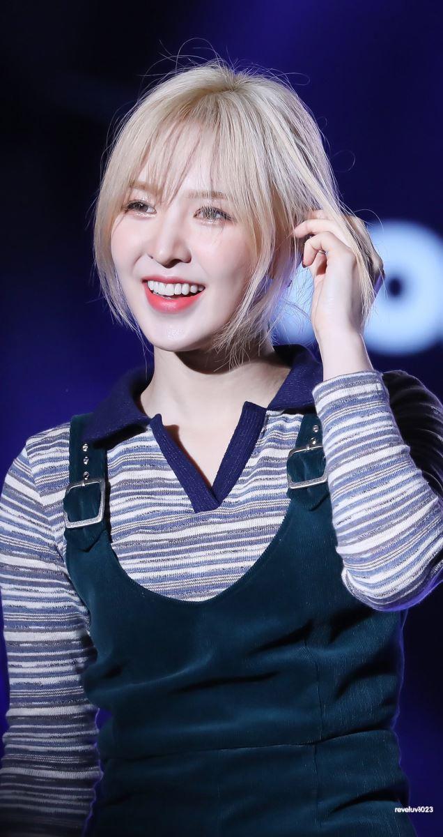 Red Velvet, Wendy, tình trạng hiện tại Wendy, Red Velvet comeback, Red Velvet cập nhật tình trạng sức khỏe hiện tại của Wendy: đang luyện giọng và tập phục hồi chức năng