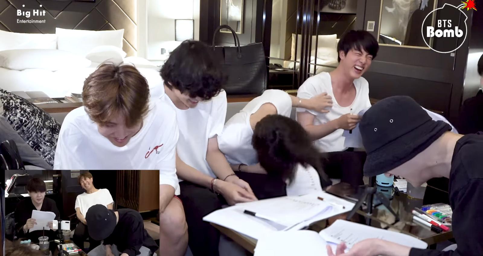 BTS. Jin. Jin nói không với tiêu chuẩn kép của người nổi tiếng. Jin BTS hài hước. 'Cười ngất' với những lần Jin BTS 'nói không' với tiêu chuẩn kép khi làm người nổi tiếng