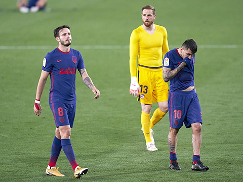 Vấn đề của Atletico: Chân mỏi, đầu mệt