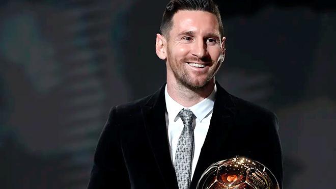 Messi chiếm lợi thế trong cuộc đua Quả bóng Vàng
