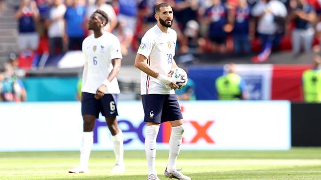 Đội tuyển Pháp: Đến lượt Deschamps đi săn với mèo