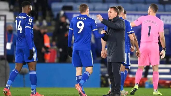 Cuộc đua top 4 Ngoại hạng Anh: Leicester thất bại, Rodgers sẽ đến Bắc London?