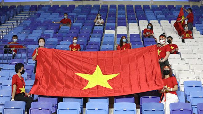 CĐV Việt Nam sẽ nhuộm đỏ sân Al Maktoum