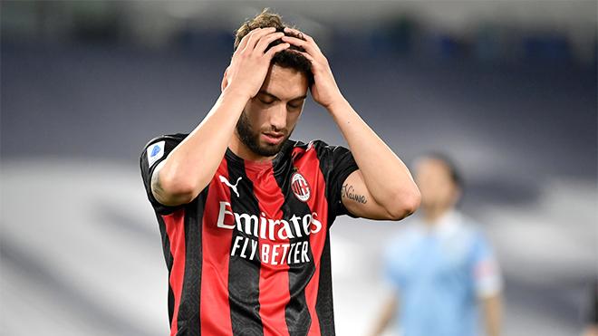 Serie A: Milan rơi vào cõi hỗn mang