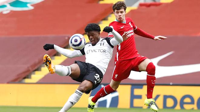 Bi kịch Anfield kéo sập Liverpool