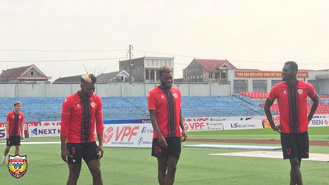 Vòng 3 LS V-League 2021: Miền Trung sôi động…