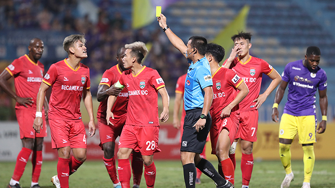 Trưởng ban Trọng tài VFF Dương Văn Hiền: 'Trọng tài phải trau dồi chuyên môn'