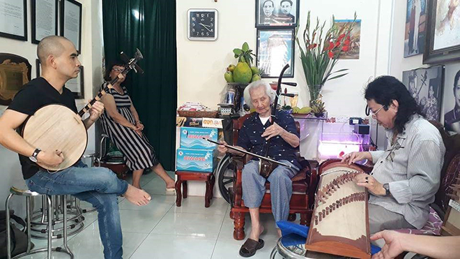 Vĩnh biệt nhạc sư Vĩnh Bảo (Kỳ 2): 'Ngón đàn Vĩnh Bảo, tiếng đời thiết tha'