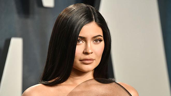 Kylie Jenner có thu nhập cao nhất năm 2020
