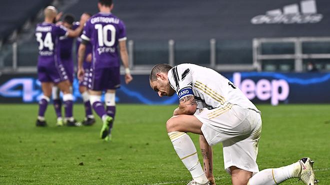 Cơn ác mộng Juventus: Đừng đổ hết lỗi cho trọng tài!