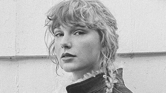 Album Evermore của Taylor Swift: 'Sâu hơn vào khu rừng'