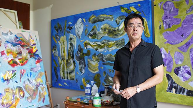 Họa sĩ Đinh Phong - 'Người bay và giấc mơ siêu thực'