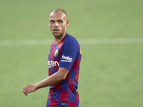 Barca mất toi 2 triệu euro mỗi trận vì Braithwaite