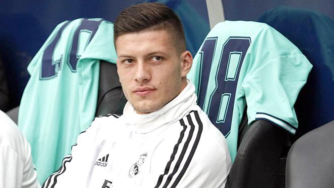 Real Madrid: Jovic trong tuyệt vọng