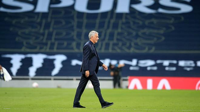 Mourinho còn nhiều việc phải làm cùng Tottenham