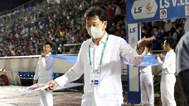 HLV Chung Hae Seong ra đi vì mộng vô địch của TP.HCM
