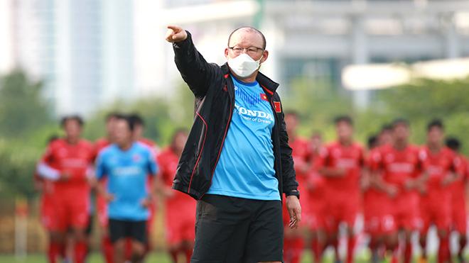'Thách thức đặt ra và chờ ứng biến từ HLV Park Hang Seo'