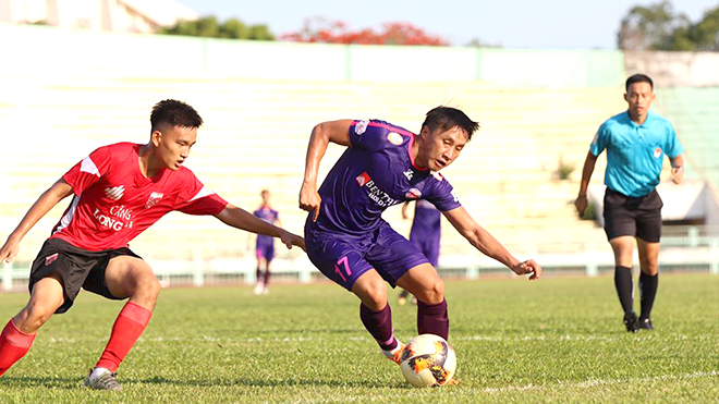 Thi đấu giao hữu giúp cầu thủ sớm trở lại đường đua V League