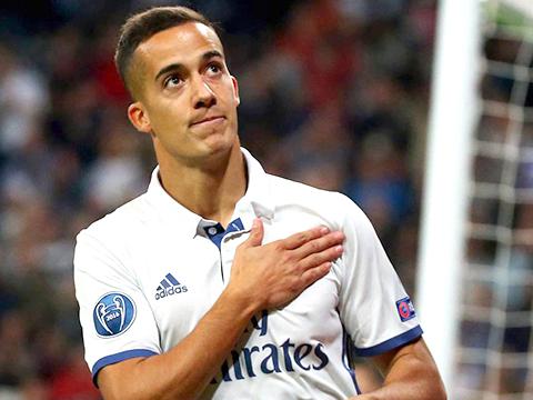 Real Madrid: Chuyện của Lucas Vazquez và sự phi lý của Dải thiên hà
