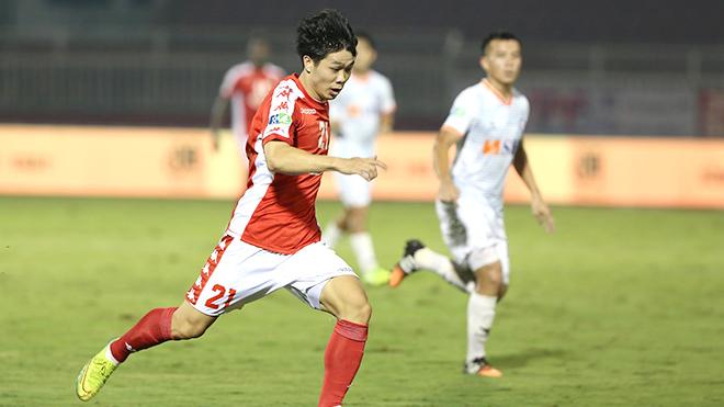 TPHCM vs Sài Gòn FC: 'Gà nhà đá nhau', Hà Nội hưởng lợi
