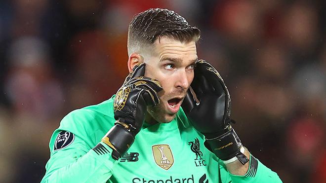 Adrian chơi tệ, Liverpool có nên mua thủ môn mới?