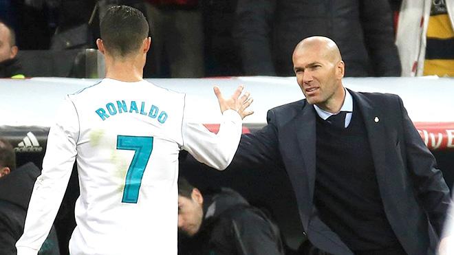 Zidane tròn một năm trở lại Real Madrid: Nhớ ai như nhớ Ronaldo