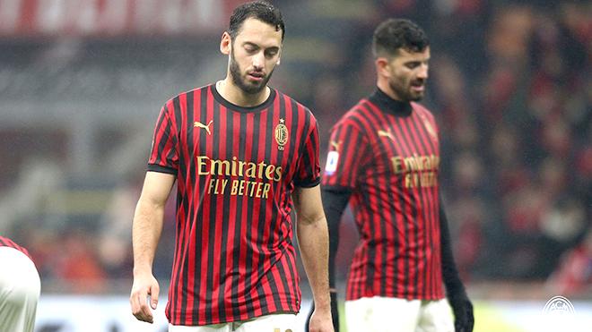 Milan bế tắc trước Sassuolo: Bàn thắng ở đâu?
