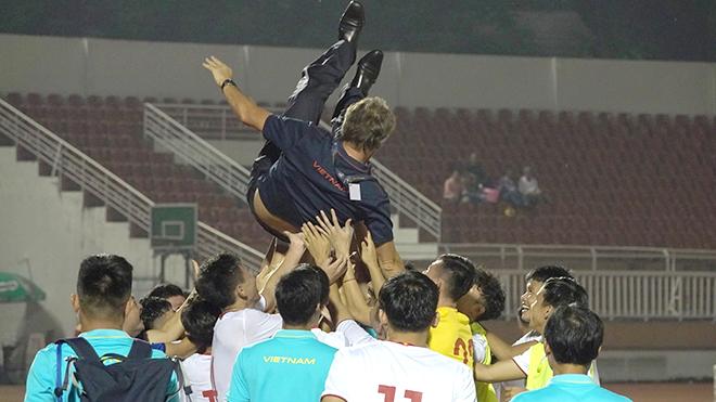 HLV U19 Việt Nam: '1 điểm là đủ để qua vòng loại'
