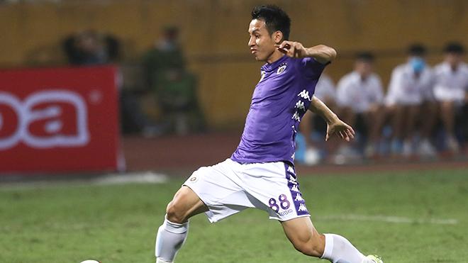Cầu thủ V League tìm cách để thích ứng khi giải hoãn vì COVID-19