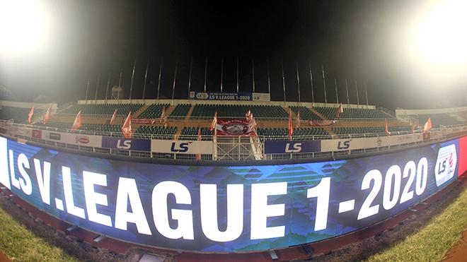 Bình luận viên Quang Huy: 'V League 2020 không có đội xuống hạng cũng được'