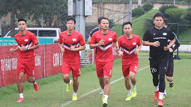 Các CLB V-League háo hức chờ bóng lăn