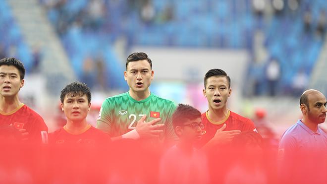 Việt Nam vs Malaysia: Đá với người Mã…